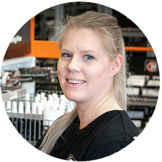 Lena, butikssäljare